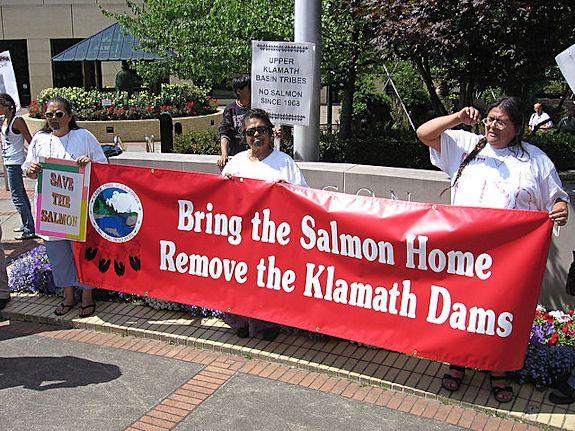 Klamath Tribes protest